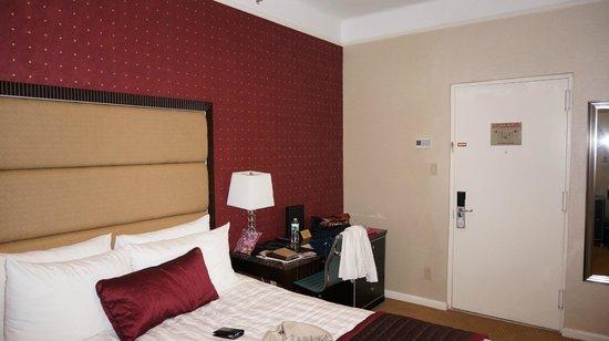 Hotel Metro : Chambre