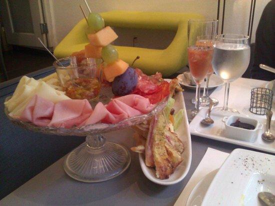 Caffe dell'Arte Boutique Rooms: Kleiner Eindruck zum Frühstück, hervorragend...