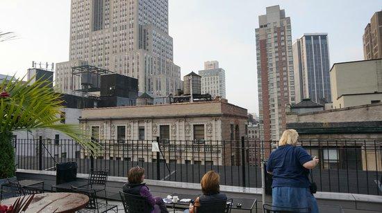 Hotel Metro: Vue de la terrasse