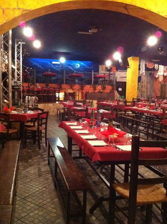Casalnuovo di Napoli, İtalya: Taverna a' Tammurriata