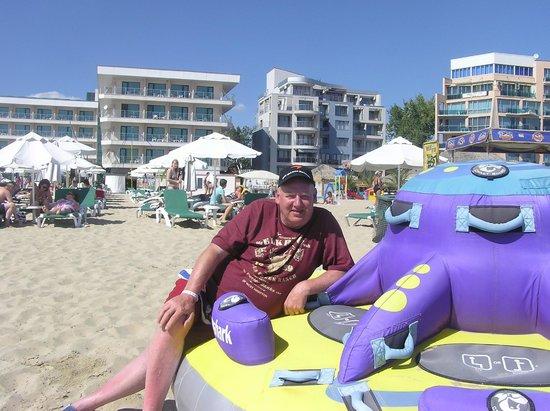 DIT Evrika Beach Club Hotel : ON THE BEACH,