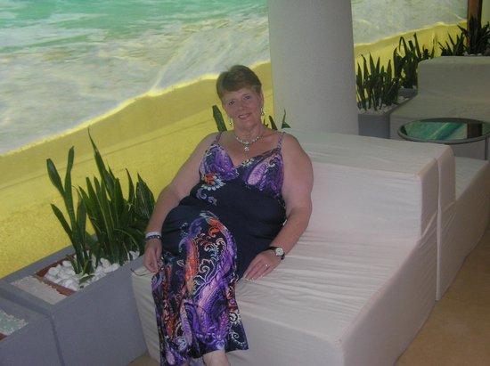 DIT Evrika Beach Club Hotel : THE LOBBY