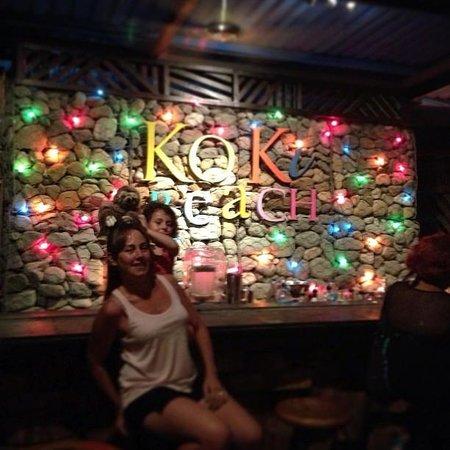 KOKi Beach Restaurant & Bar: barra de Koki Beach