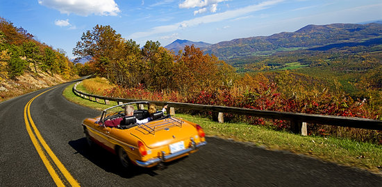Fall scenic drive along the Blue Ridge Parkway. www.Virginia.org/Fall