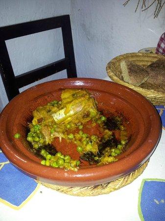 Gite Dayet Aoua : Tajin for diner