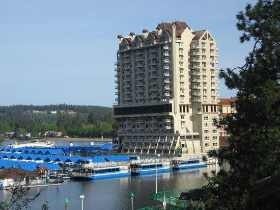 Coeur d'Alene Lake: The hotel on the lake