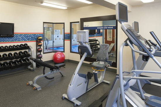 Hampton Inn & Suites South Bend: Stick to your normal workout routine with complilmentary access to our fitness center.