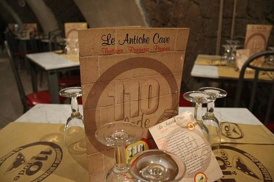 Pizzeria 110 e Lode - Le Antiche Cave da Salvatore Staiano