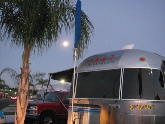 Land Yacht Harbor RV Park: One of our resident lessees.
