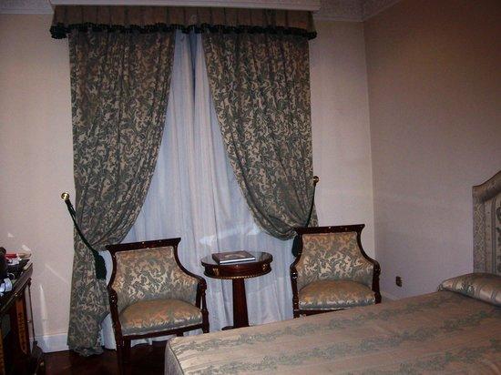 Hotel Alameda Palace: Vista de habitación doble