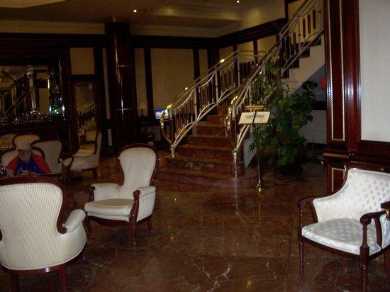 Hotel Alameda Palace: Area de Lobby