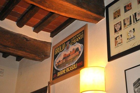 Osteria Le Panzanelle: Inside the osteria.