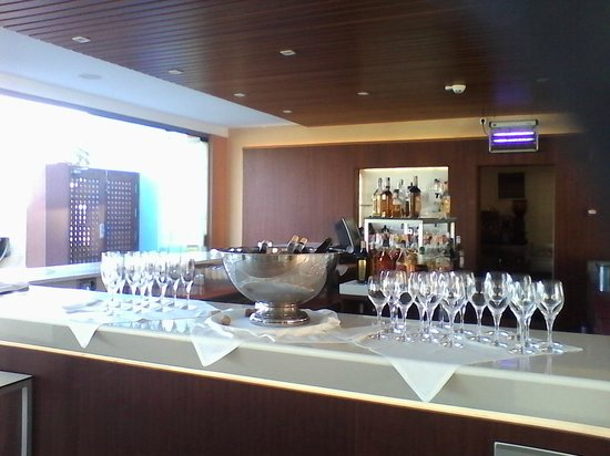 Protur Roquetas Hotel & Spa: Pool bar