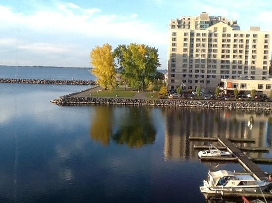 Delta Hotels by Marriott Kingston Waterfront: view over lake Ontario