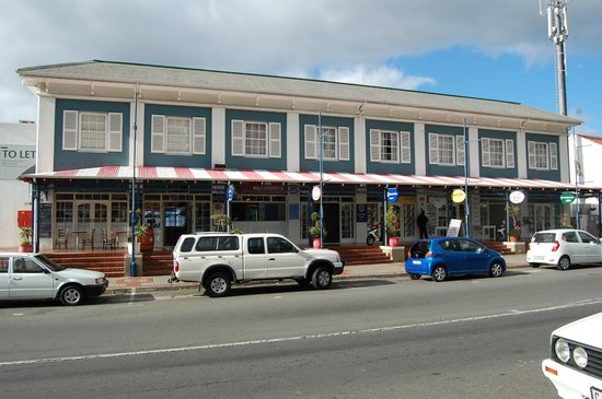 Simon's Town Quayside Hotel and Conference Centre: Upstairs is the accommodation. Harbour View dining ground floor.