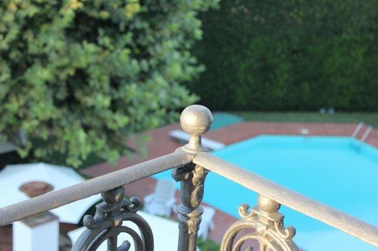Villa La Fornacina : vista piscina dalla terrazza