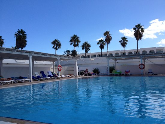 El Mouradi Club Kantaoui: One of our Pools with Bungalow in background