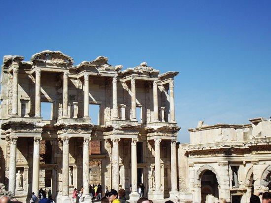 Ephesus Sightseeing Tour: Ephesus, Turkey