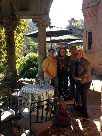 Libations Lounge : Friends enjoying time together
