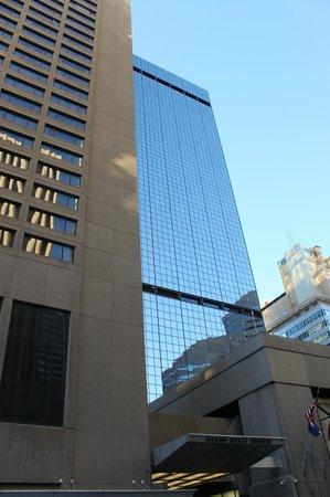 Grand Hyatt Denver Downtown : outside hotel