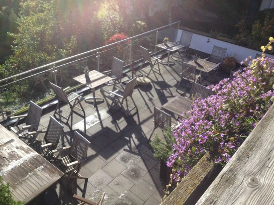 Dreimäderlhaus: Terrasse