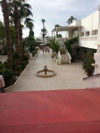 Hotel Movie Gate: Vers la plage