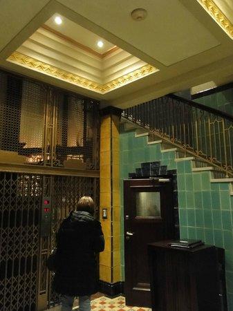 Moreno Hotel Buenos Aires : Hall de entrada