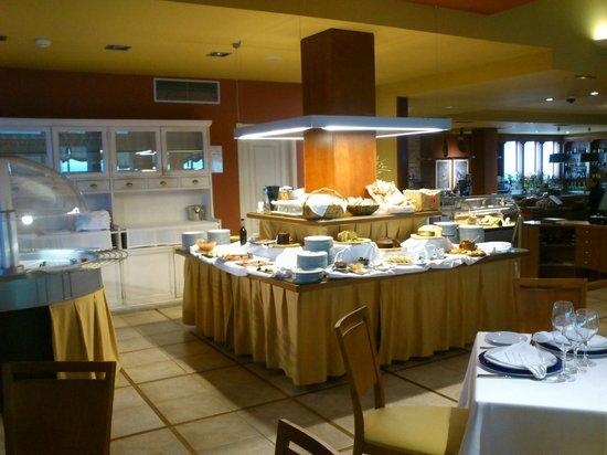 Talaso Atlantico : buffet desayuno