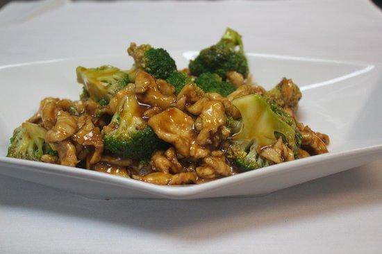 Chin Chin Chinese: Chicken Broccoli