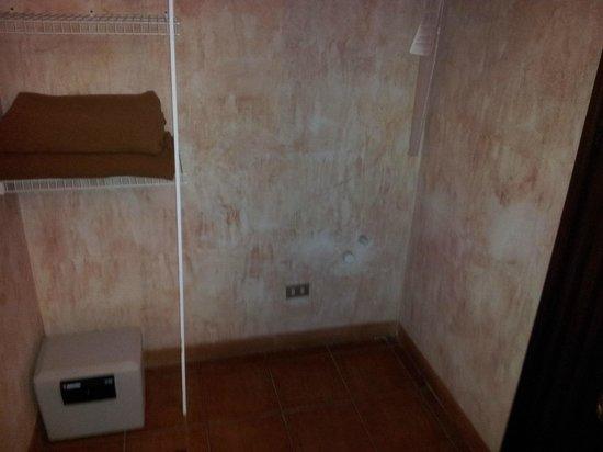 Hotel Las Farolas: cañerias?