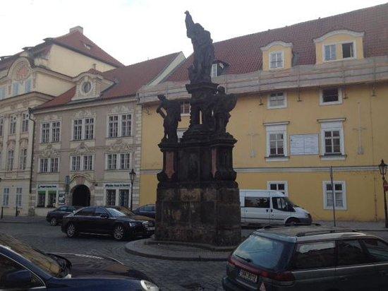 Mandarin Oriental, Prague : Shops and Restaurants Right off Property Grounds