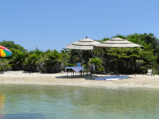 Cayo Espanto: Island Picnic