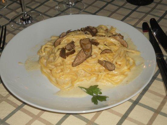 La Perla del Palazzo: Spaghetti and Truffle