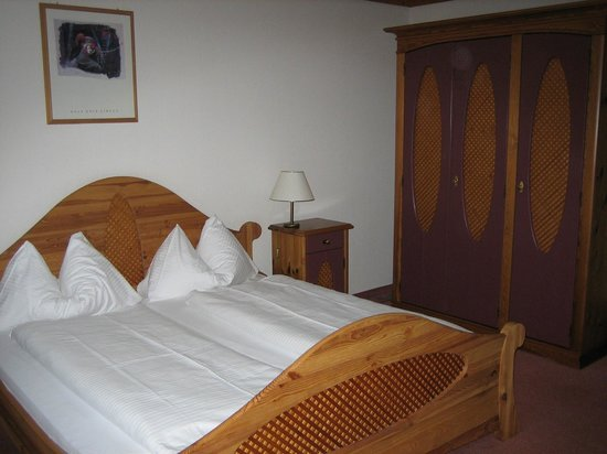 Hotel Bodmi : Beautifully furnished room