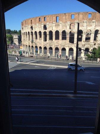 Relais No9 Colosseo : Vista sul mondo