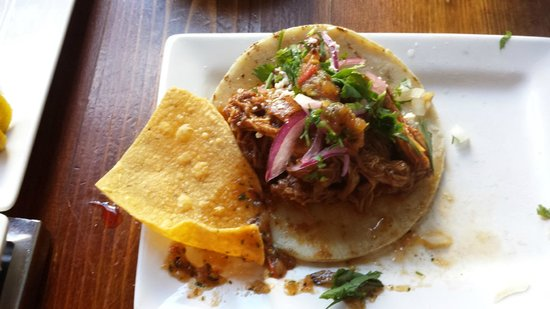 Tacolicious : super yum. try all of them!