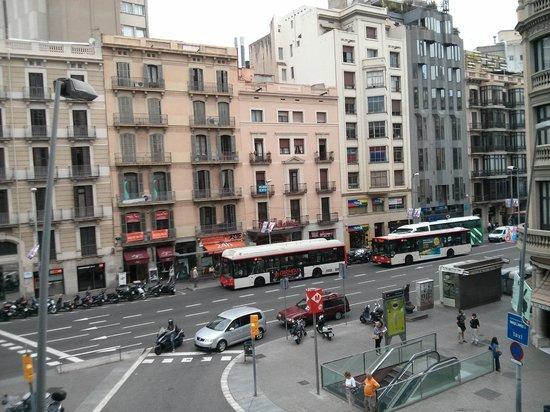 มาร์วี โฮเต็ล: View from our balcony
