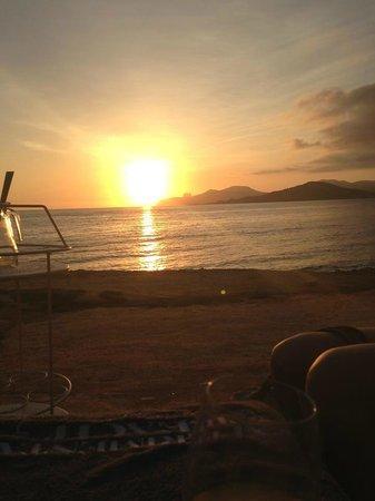 Experimental Beach at Cap D'es Falco : Sunset
