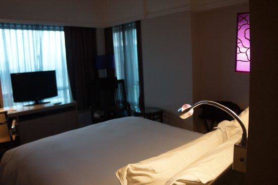 Sofitel Saigon Plaza: Room