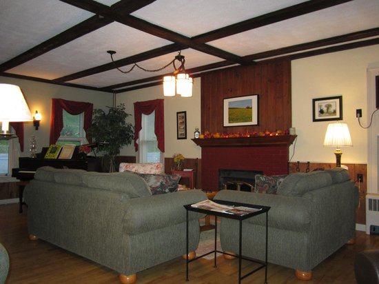 A small piece of the living area at the Brass Lantern Inn