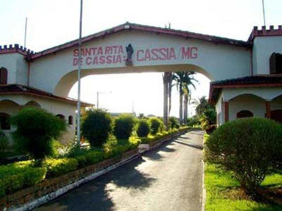 Cassia, MG: Pórtico