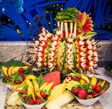 Buffet de frutas foto de restaurant casa felix valls for Felix s fish camp restaurant