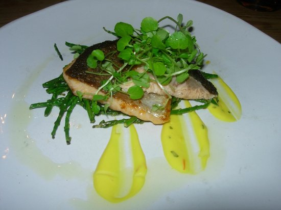 The King's Head: Hampshire trout fillet with samphire