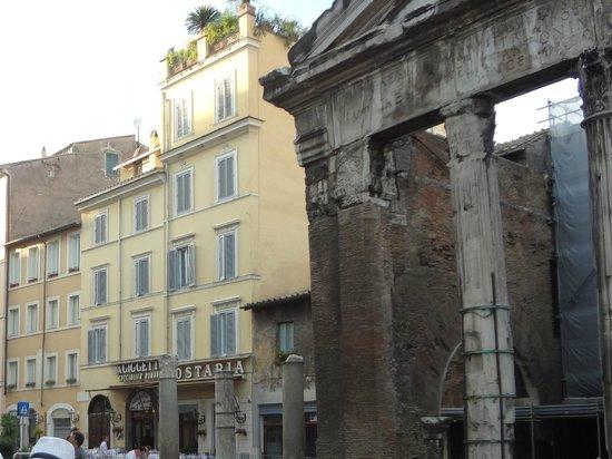 La Taverna del Ghetto : es la calle donde esta el restaurante