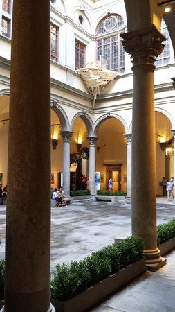 Palazzo Strozzi: Tadashi Kawamata installation
