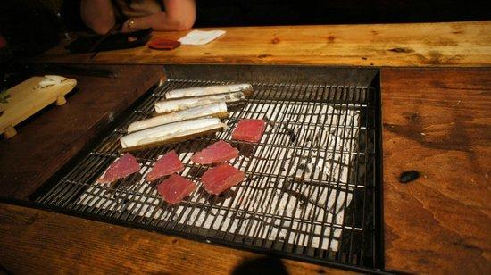 Carlota Akaneya: Cooking razor clams and tuna