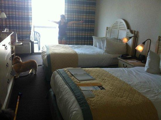 Wyndham Virginia Beach Oceanfront: Our clean comfortable room
