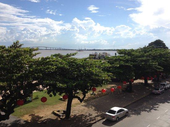 Waterkant (Riverside Boulevard) : View of river and bridge from Waterkant