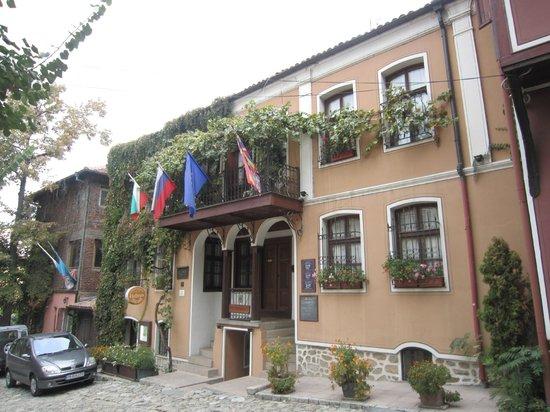 Hebros Hotel : Façade de l'hôtel