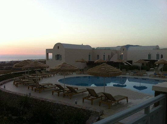 Astro Palace Hotel and Suites: sunrise at the hotel